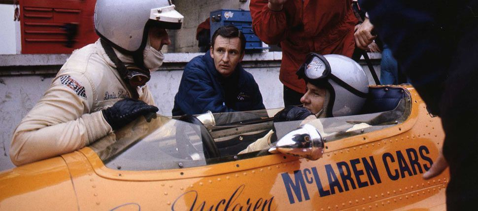 Bruce McLaren - pit discussion