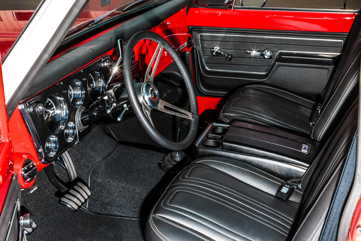 1972-chevy-pickup-interior-MetalWorks