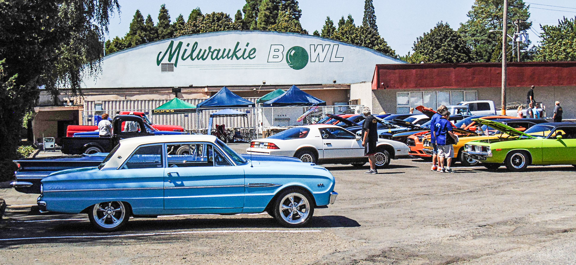 milwaukie-bowl-milwaukie-cruise-in